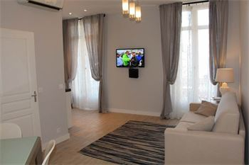 Cannes apartment next to the Rue d'Antibes : ID 491