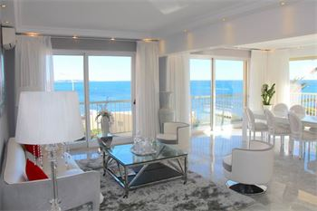 Luxury Cannes apartment with sea views : ID 448