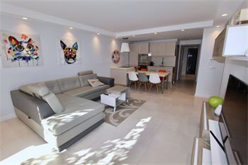Beautiful apartment to rent 3 bedrooms behind Carlton hotels  : ID 310