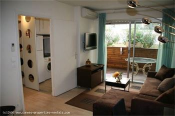 Cannes apartment near rue d'Antibes ID:38